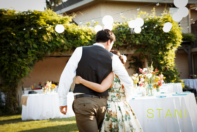 ADRIANNA OUTDOOR VINTAGE WEDDING